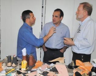 Felipe Peixoto faz visita à Associação Fluminense de Reabilitação