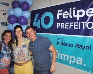Felipe Peixoto inaugura comitê em Icaraí e recebe servidores municipais