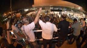 Felipe faz ato de encerramento de campanha nas barcas e chama atenção para votos nulos e brancos