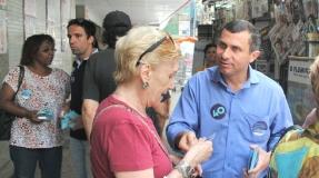 Felipe panfleta no Ingá e reforça propostas do Programa de Governo